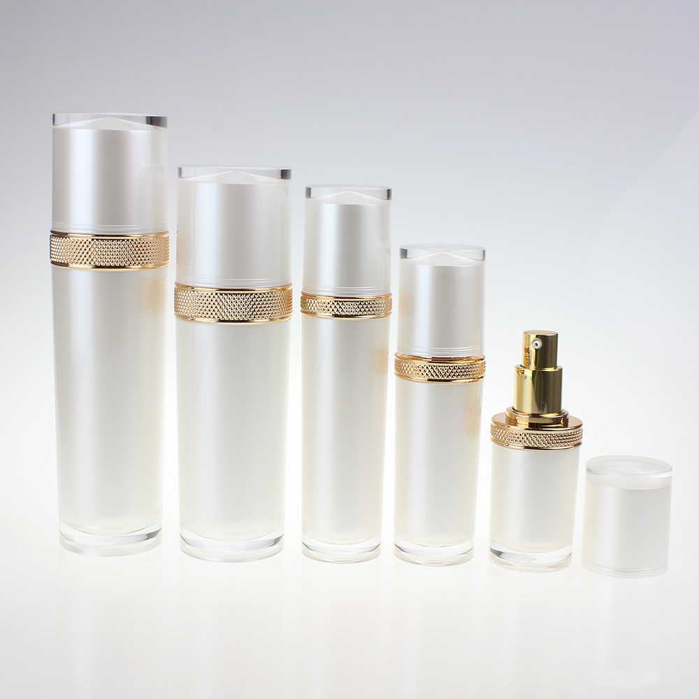 Wholesale Pearl White Plastic Bottle With Pump, Facial Mask